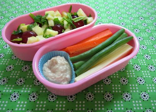healthy snack bento