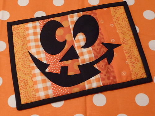 Happy Pumpkin Mug Rug