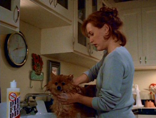 Queequeg_is_bathed_by_Dana_Scully