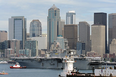 SEATTLE (Aug. 2, 2011) The amphibious assault ship USS Bonhomme Richard (LHD 6) pulls into Elliott Bay during the 62nd annual Seattle Seafair Navy Week. (U.S. Navy photo by Mass Communication Specialist 2nd Class Nathan Lockwood)