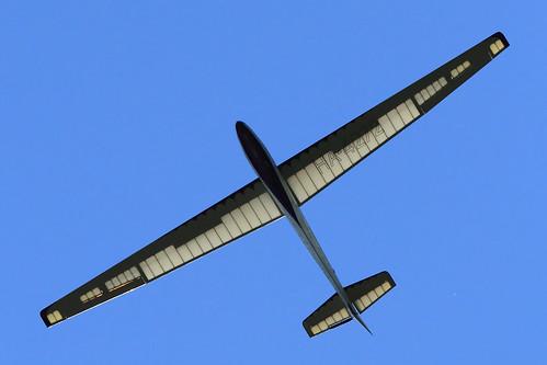 HA-4272 glider