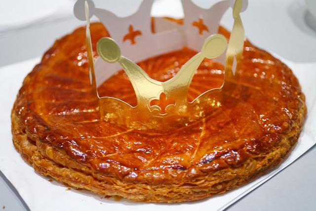 Galette des rois king cake flickr photo sharing for Galette des rois decoration