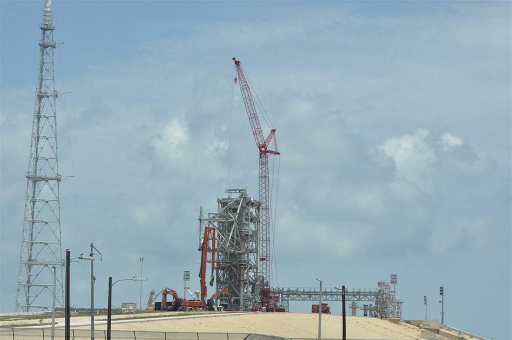 Construcción de la nueva lanzadera El último viaje del Transbordador Espacial desde Cabo Cañaveral - 5922901832 61b370fa97 o - El último viaje del Transbordador Espacial desde Cabo Cañaveral