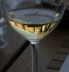 champagne(0.0), distilled beverage(0.0), cocktail(0.0), wine glass(1.0), wine(1.0), drinkware(1.0), stemware(1.0), tableware(1.0), glass(1.0), champagne stemware(1.0), close-up(1.0), drink(1.0), alcoholic beverage(1.0),