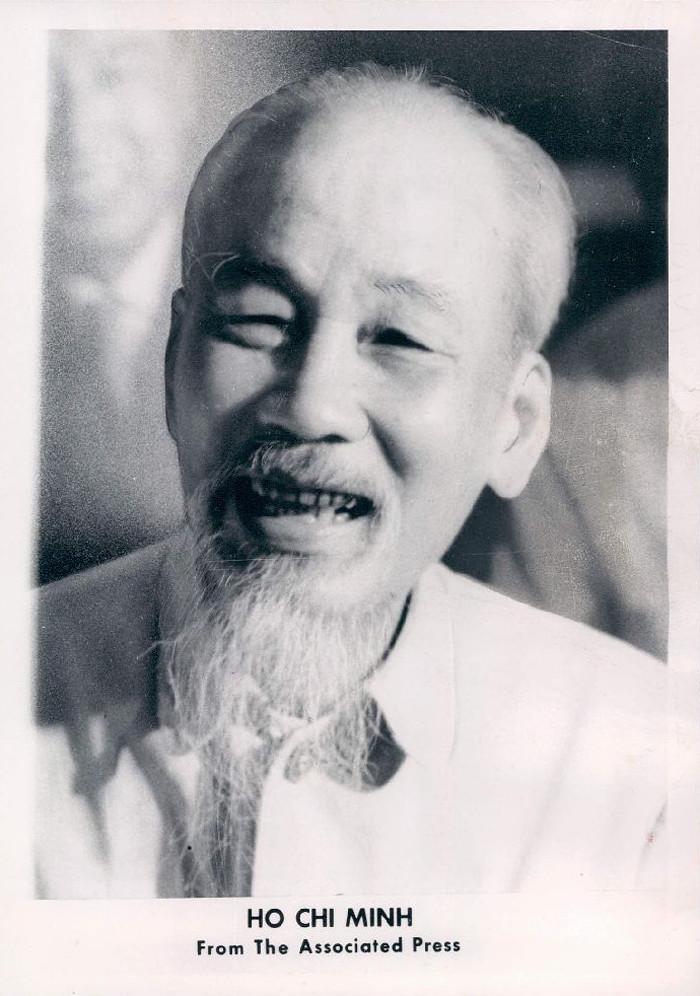a biography of ho chi minh a vietnamese politician