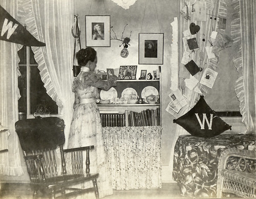 Leila Bascom's dorm room in Chadbourne Hall, 1898