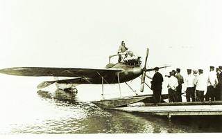 Albatros Race Monoplane (1913) Floatplane