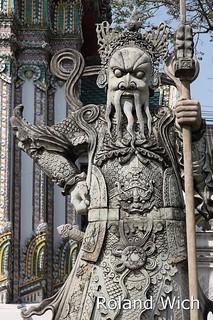 Bangkok - Statue in Wat Pho