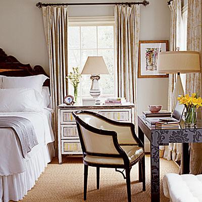 calm gray bedroom benjamin moore 39 gray cashmere 39 walls. Black Bedroom Furniture Sets. Home Design Ideas