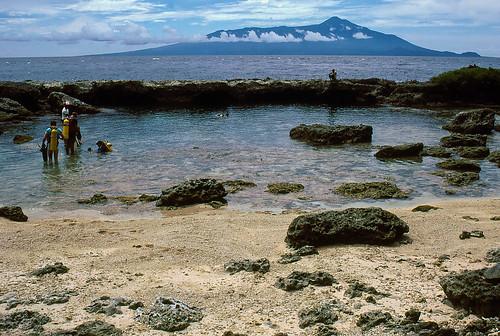 sea film beach coral 35mm island volcano is divers sand slide diving lagoon scanned tropical png kodachrome bismarck papuanewguinea 1985 province holeinthewall oceania melanesia madang karkar karkarisland thewaterhole melanesian