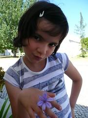 Menina dos olhos doces...
