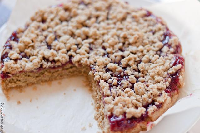 Oatmeal Ligonberry Jam Pie