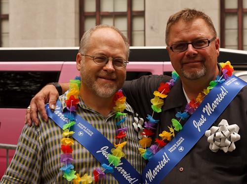 Gay Marriage NYC by https://www.flickr.com/photos/joseanavas/