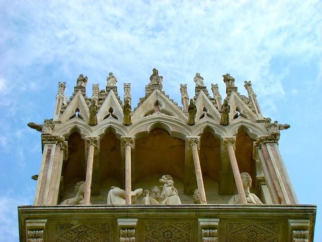 Entrada al Camposanto monumental de Pisa. Italia.