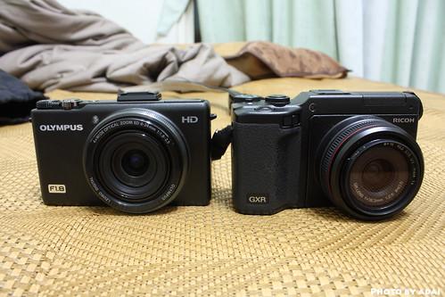XZ-1 vs GXR A12 28MM