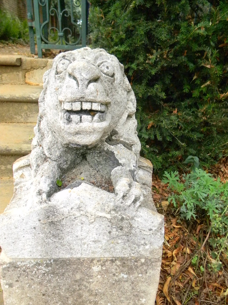 Bridge End Gardens Worth visiting just to see these ugly mugs. Great Chesterford to Newport