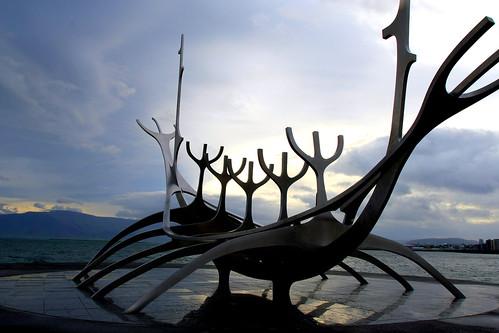 travel blue sky sculpture sunrise silver landscape boat viking sunvoyager sólfar