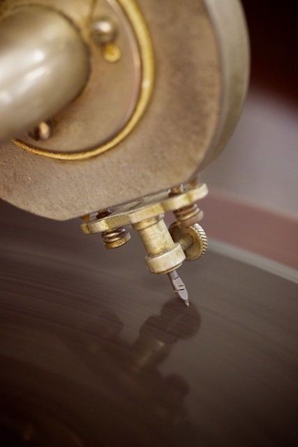 Early mechanical (no electricity!) record player from 1920s