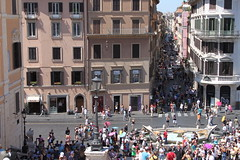 Swing the day in the lively and modish streets of Via dei Condotti - Things to do in Rome