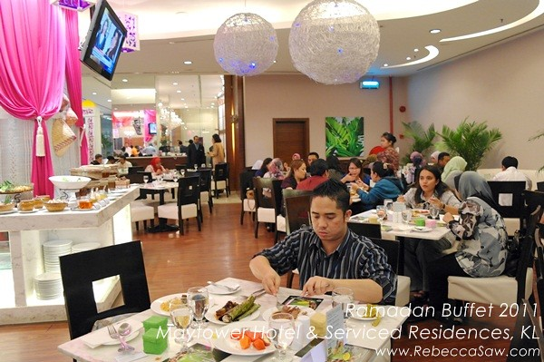 Ramadan buffet - Maytower Hotel & Serviced Residences-11