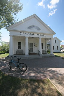 Boothbay Harbor library