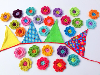 Crochet flowers for Laura