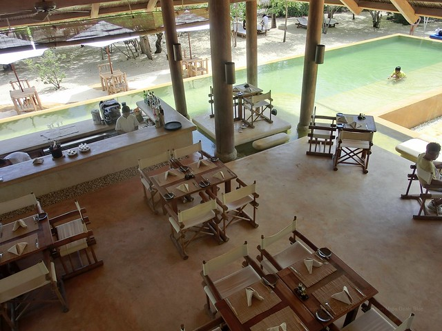 Dining by the pool - Six Senses Ninh Van Bay