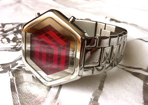 Kisai 3D Unlimited Pink LCD Watch Design