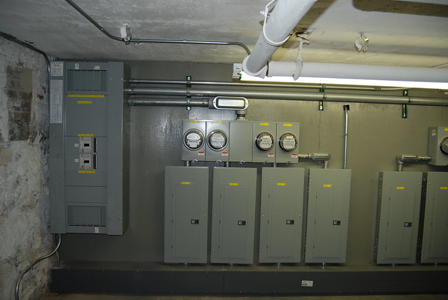 30 amp fuse box