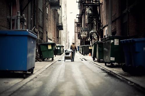 [フリー画像素材] 人物, 人物 - 後ろ姿, 街角 ID:201205290400