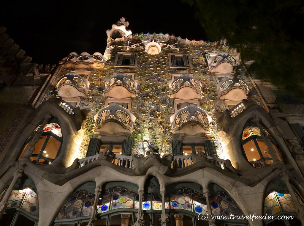 Casa Batlló at night1