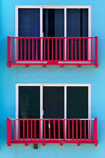 Along the Great Highway: Faux Balconies