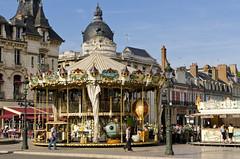 Paris Streetscape and Monuments.
