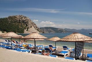 Turunç Sahil 与卵石的海滩 的形象. 2008 dionysos turunç