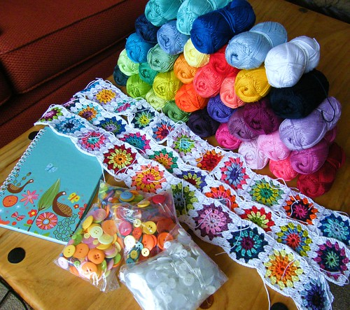 Bits and bobs - new crochet wip & colourful crafty things