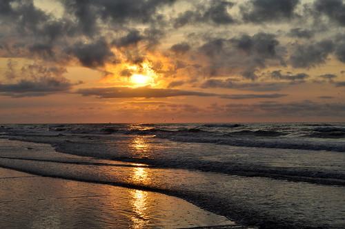 ocean morning sun water clouds sunrise landscape nikon nikkor wildwood sooc d5000
