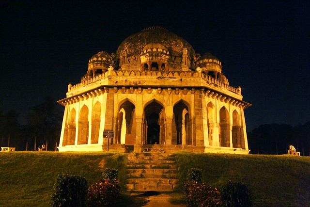 City Monuments – Tombs, Domes & a Bridge, Lodhi Garden