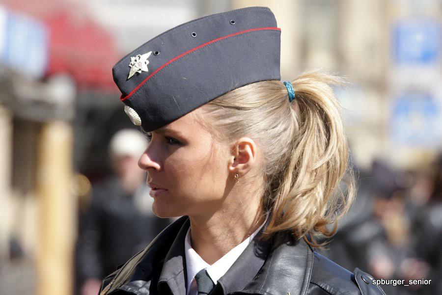 Фото немецкая униформа на девушках фото