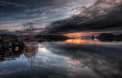 ocean sunset sea sky sun fish norway clouds sunrise boats fishing heaven midnight claus hdr highdynamicrange midnightsun finnmark northcape gjesvær jørstad clausjørstad clausjoerstad clausj joerstad