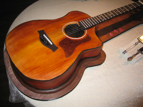 Acoustic Guitar Cake Images : Guitar Cake Cake Ideas and Designs
