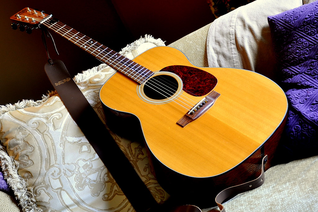 Martin J-40. My search got nothing?? - The Acoustic Guitar Forum