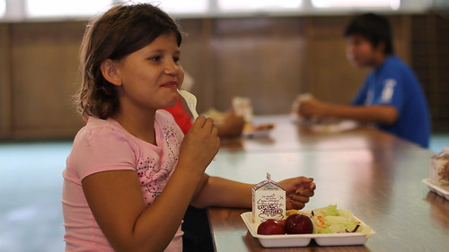 Join @USDANutrition for a Twitter chat on Summer Meals tomorrow at 3pmET. Use #summermeals to participate.