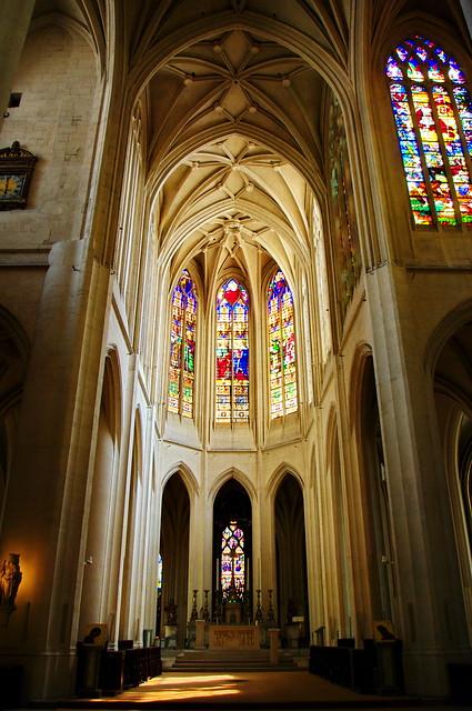 Paris l 39 int rieur de l 39 glise saint gervais saint for A l interieur movie
