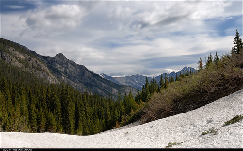 canada landscape scenery banff bourgeaulake