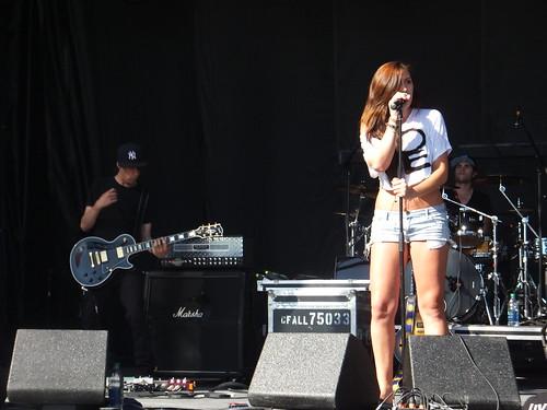 Alyssa Reid at Ottawa Bluesfest 2011