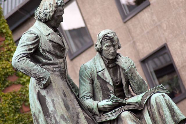 Denkmal der Brüder Grimm