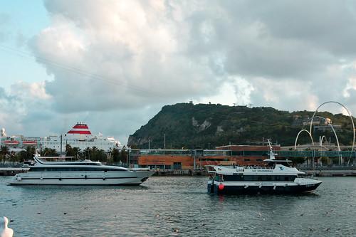Montjuich desde el Port – Barcelona, by marimbajlamesa, on Flickr