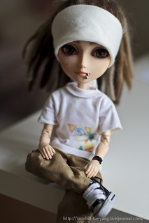 Tom Kaulitz doll
