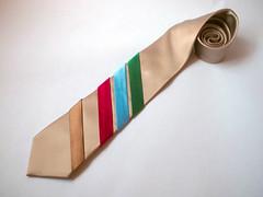 5.6k ohm resistor necktie