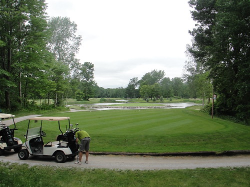 Maple Leaf Golf Course (2)